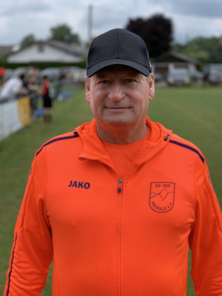 Wolfgang Fischer : Trainer A- & B-Jugend / 2. Vorstand Hauptverein